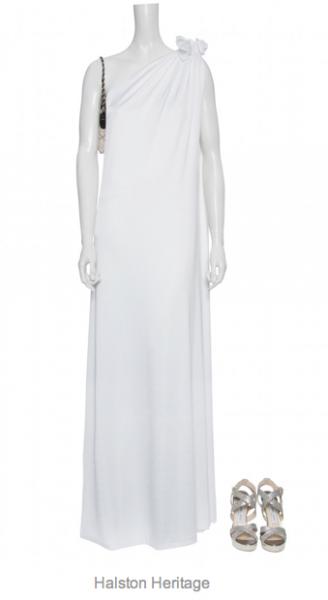 Halston Heritage: Weißes bodenlanges Abendkleid aus fließendem Jersey mit asymmetrischem Ausschnitt, Knotendetail auf der Schulter, seitlichem Schlitz sowie kompletten Jersey-Innenfutter, ca. € 370,- gesehen online bei mytheresa.com