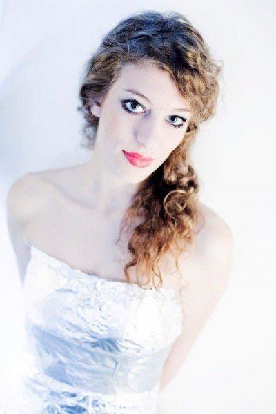 """Jademodel des Modelwettbewerbs """"Österreichs Nächstes Topmodel"""": Fruzsina Lazar"""