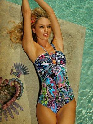FERIA Badeanzug Edler Badeanzug in blau gehalten mit wunderschönen Palletten bestickt. 243,60 €