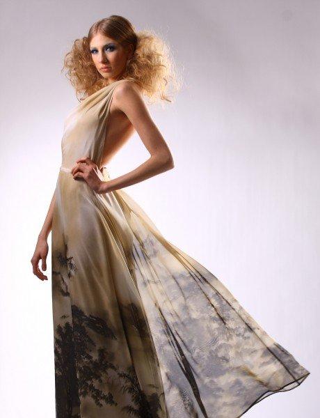 Haute Couture Kleider der Budapester Designerin