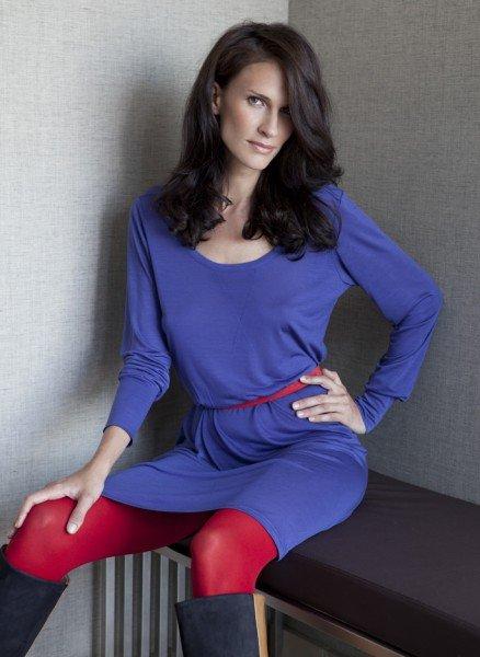 Lila-blaues Naturmode-Kleid