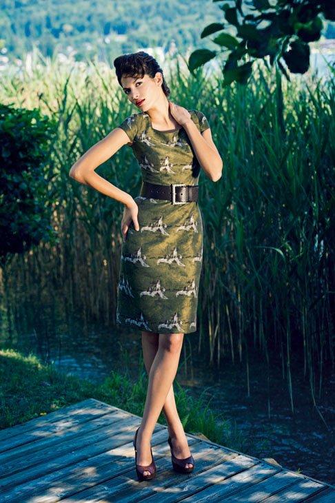 """Grünes Kleid """"Jagd"""" von Mothwurf"""